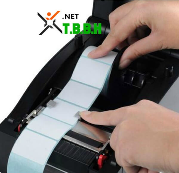 Lắp  giấy May-in-ma-vach-xprinter-xp350b